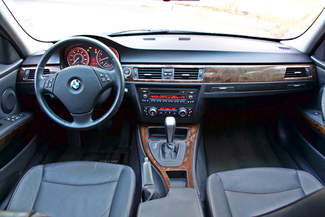 2010 BMW 328i SEDAN PREMIUM PKG ONLY 77K MLS AUTOMATIC ALLOY WHLS SERVICE RECORDS Woodland Hills, CA 17