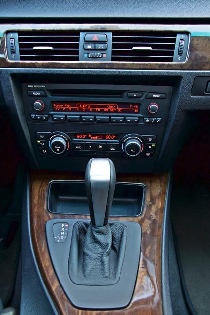 2010 BMW 328i SEDAN PREMIUM PKG ONLY 77K MLS AUTOMATIC ALLOY WHLS SERVICE RECORDS Woodland Hills, CA 16