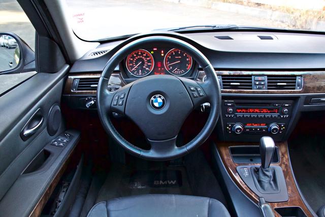 2010 BMW 328i SEDAN PREMIUM PKG ONLY 77K MLS AUTOMATIC ALLOY WHLS SERVICE RECORDS Woodland Hills, CA 20