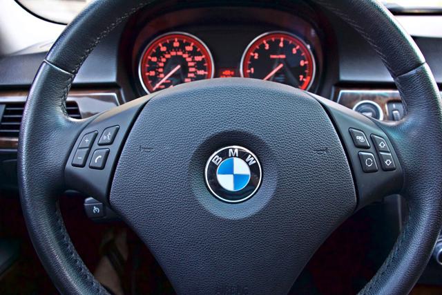 2010 BMW 328i SEDAN PREMIUM PKG ONLY 77K MLS AUTOMATIC ALLOY WHLS SERVICE RECORDS Woodland Hills, CA 14