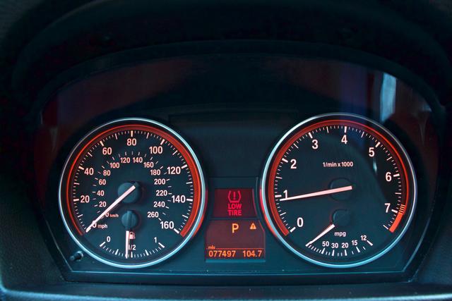 2010 BMW 328i SEDAN PREMIUM PKG ONLY 77K MLS AUTOMATIC ALLOY WHLS SERVICE RECORDS Woodland Hills, CA 15
