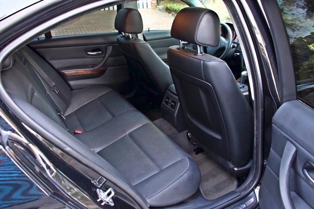 2010 BMW 328i SEDAN PREMIUM PKG ONLY 77K MLS AUTOMATIC ALLOY WHLS SERVICE RECORDS Woodland Hills, CA 23