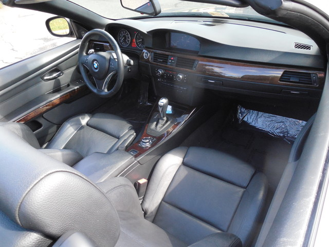 2010 BMW 335i CONVERTIBLE SPORT/PREMIUM Leesburg, Virginia 9