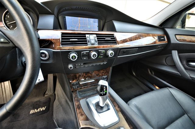 2010 BMW 528i Reseda, CA 42
