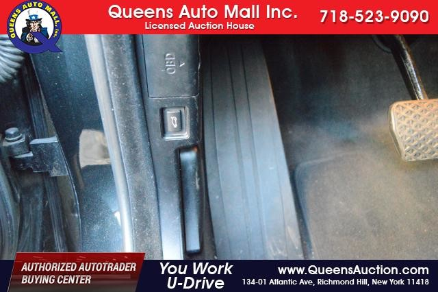2010 BMW 528i 4dr Sdn 528i RWD Richmond Hill, New York 11