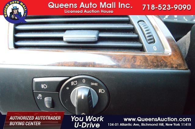 2010 BMW 528i 4dr Sdn 528i RWD Richmond Hill, New York 12