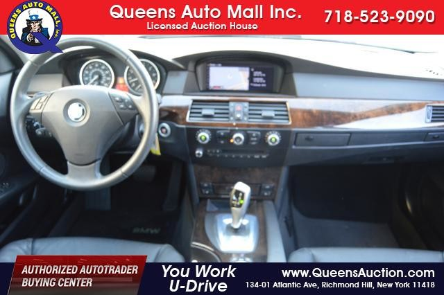 2010 BMW 528i 4dr Sdn 528i RWD Richmond Hill, New York 26