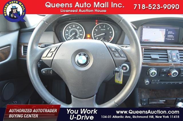 2010 BMW 528i 4dr Sdn 528i RWD Richmond Hill, New York 29