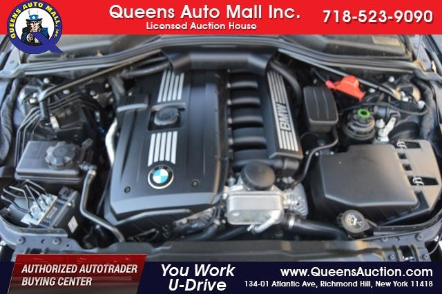 2010 BMW 528i 4dr Sdn 528i RWD Richmond Hill, New York 34