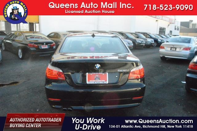 2010 BMW 528i 4dr Sdn 528i RWD Richmond Hill, New York 5