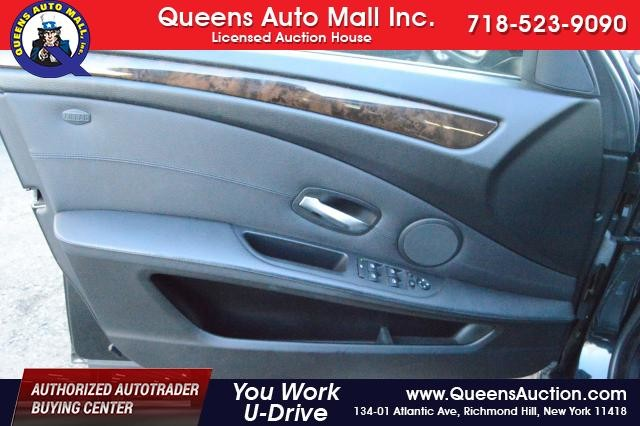2010 BMW 528i 4dr Sdn 528i RWD Richmond Hill, New York 9