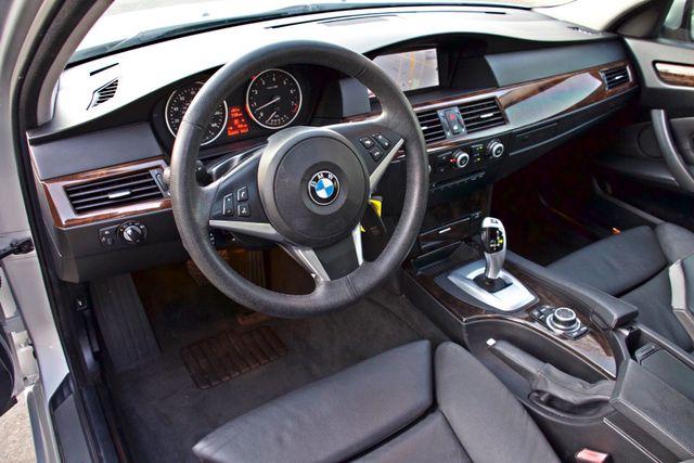 2010 BMW 528I SPORTS / PREMIUM PKG XENON SERVICE RECORDS NAVIGATION SYSTEM BLUETOOTH Woodland Hills, CA 19