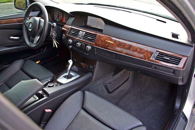 2010 BMW 528I SPORTS / PREMIUM PKG XENON SERVICE RECORDS NAVIGATION SYSTEM BLUETOOTH Woodland Hills, CA 27