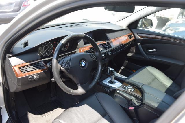 2010 BMW 528i xDrive 4dr Sdn 528i xDrive AWD Richmond Hill, New York 10