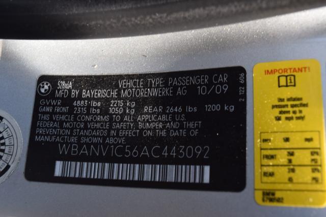 2010 BMW 528i xDrive 4dr Sdn 528i xDrive AWD Richmond Hill, New York 16
