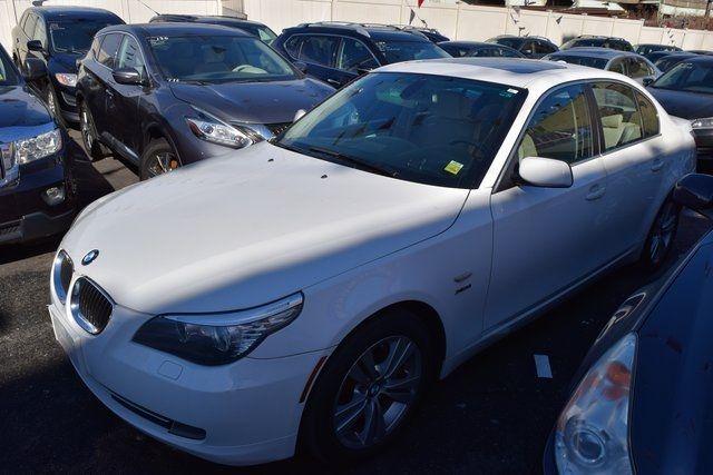 2010 BMW 528i xDrive 528i xDrive Richmond Hill, New York 1