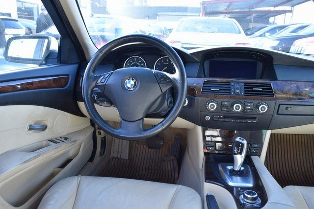 2010 BMW 528i xDrive 528i xDrive Richmond Hill, New York 14