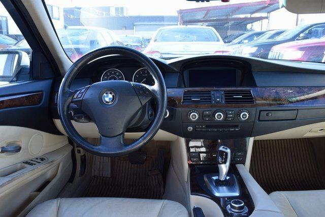 2010 BMW 528i xDrive 528i xDrive Richmond Hill, New York 15