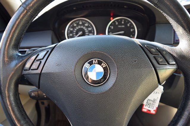 2010 BMW 528i xDrive 528i xDrive Richmond Hill, New York 30