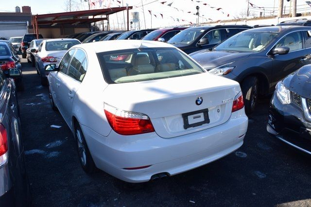 2010 BMW 528i xDrive 528i xDrive Richmond Hill, New York 4
