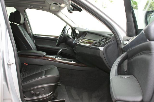 2010 BMW X5 xDrive30i 30i Houston, Texas 15
