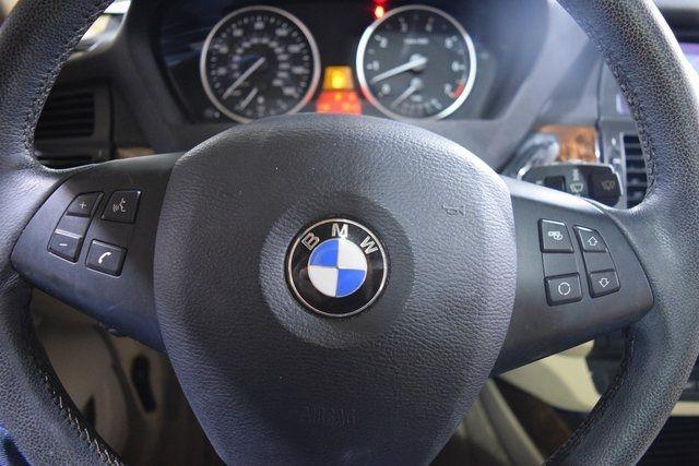 2010 BMW X5 xDrive48i 48i Richmond Hill, New York 32