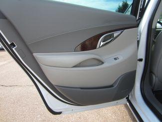 2010 Buick LaCrosse CXS Batesville, Mississippi 28