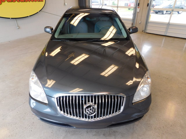 2010 Buick Lucerne CX-2 Ltd Avail  city TN  Doug Justus Auto Center Inc  in Airport Motor Mile ( Metro Knoxville ), TN