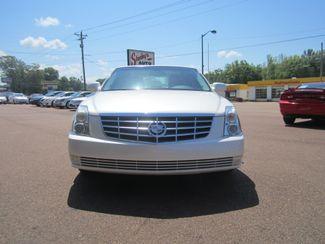 2010 Cadillac DTS w/1SA Batesville, Mississippi 4
