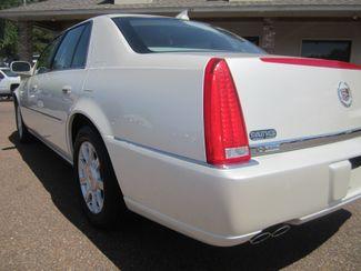 2010 Cadillac DTS w/1SA Batesville, Mississippi 12