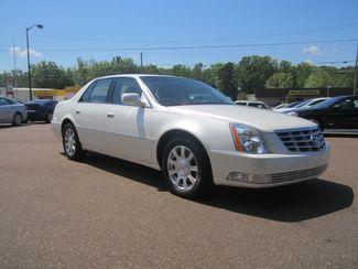 2010 Cadillac DTS w/1SA Batesville, Mississippi 2