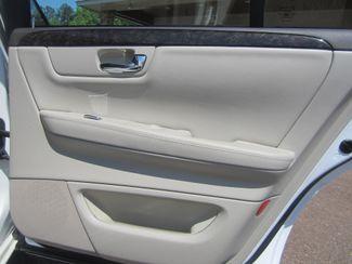 2010 Cadillac DTS w/1SA Batesville, Mississippi 30