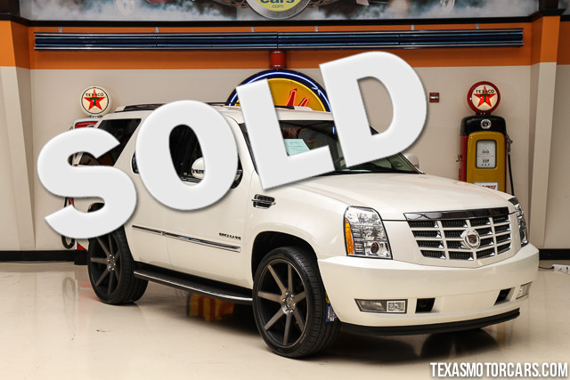 2010 Cadillac Escalade Base This Clean Carfax 2010 Cadillac Escalade is in great shape with only 9