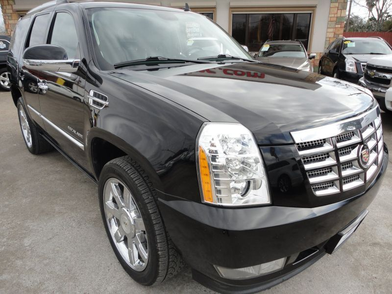 2010 Cadillac Escalade Premium  Brownsville TX  English Motors  in Brownsville, TX