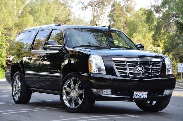 2010 Cadillac Escalade ESV Premium Reseda, CA 2