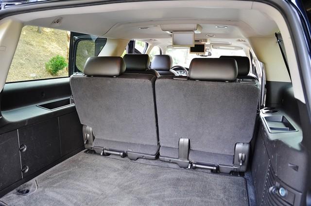2010 Cadillac Escalade ESV Premium Reseda, CA 12