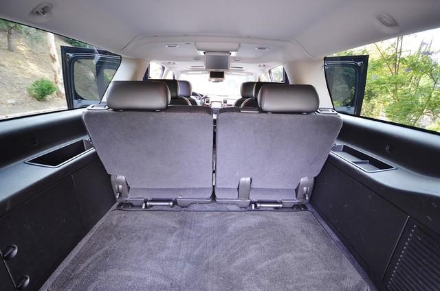 2010 Cadillac Escalade ESV Premium Reseda, CA 24
