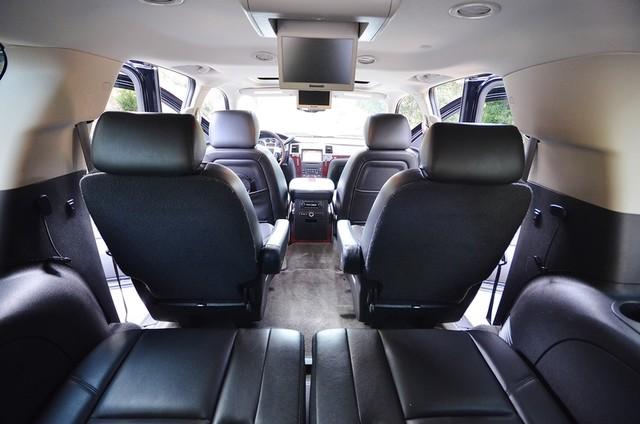 2010 Cadillac Escalade ESV Premium Reseda, CA 6