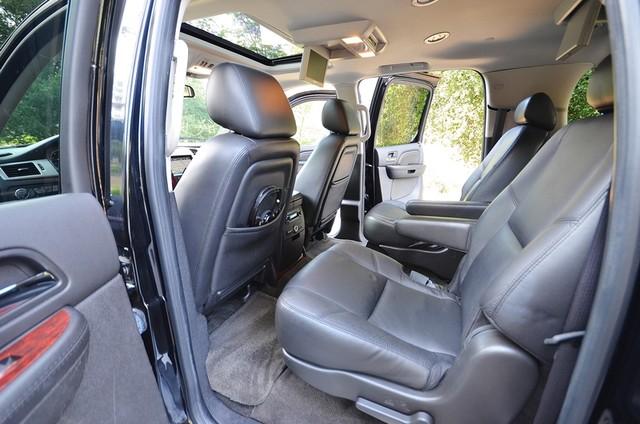 2010 Cadillac Escalade ESV Premium Reseda, CA 11