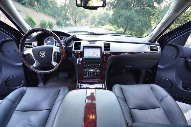 2010 Cadillac Escalade ESV Premium Reseda, CA 30