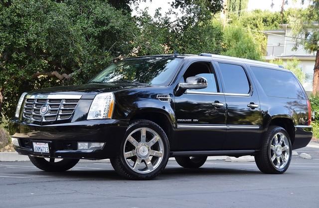 2010 Cadillac Escalade ESV Premium Reseda, CA 3