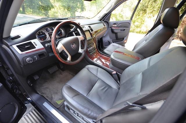 2010 Cadillac Escalade ESV Premium Reseda, CA 33