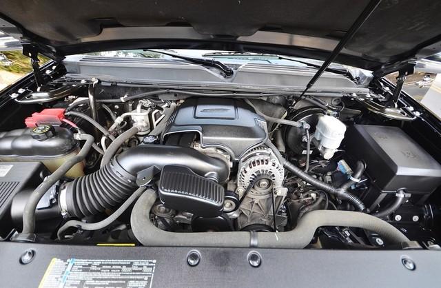 2010 Cadillac Escalade ESV Premium Reseda, CA 38