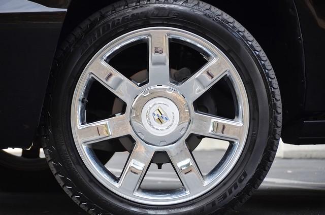 2010 Cadillac Escalade ESV Premium Reseda, CA 16