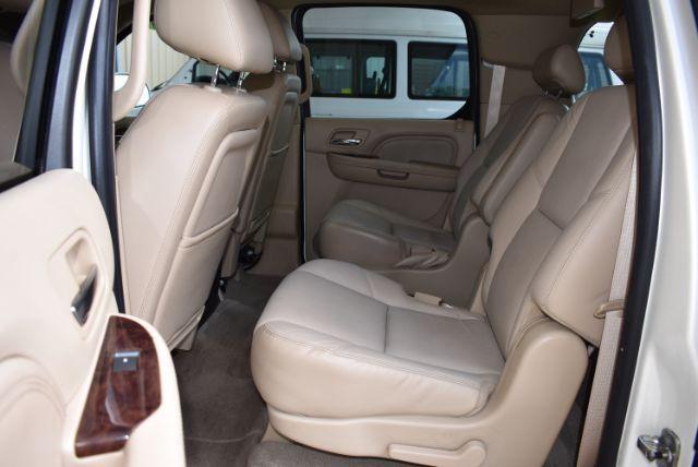 2010 Cadillac Escalade ESV Premium San Antonio , Texas 14
