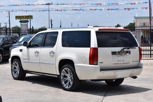 2010 Cadillac Escalade ESV Premium San Antonio , Texas 4