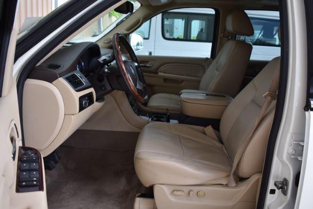 2010 Cadillac Escalade ESV Premium San Antonio , Texas 8