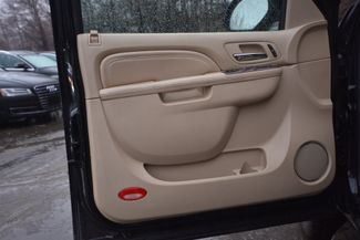 2010 Cadillac Escalade Naugatuck, Connecticut 8