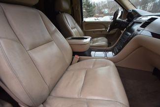 2010 Cadillac Escalade Naugatuck, Connecticut 2