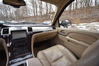 2010 Cadillac Escalade Naugatuck, Connecticut 7